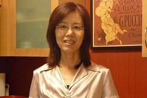北美新浪網專訪欣欣新任會長楊一青博士